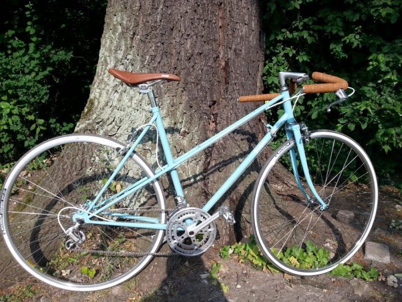 Vintage Rennrad Peugeot Carbolite Seitenansicht