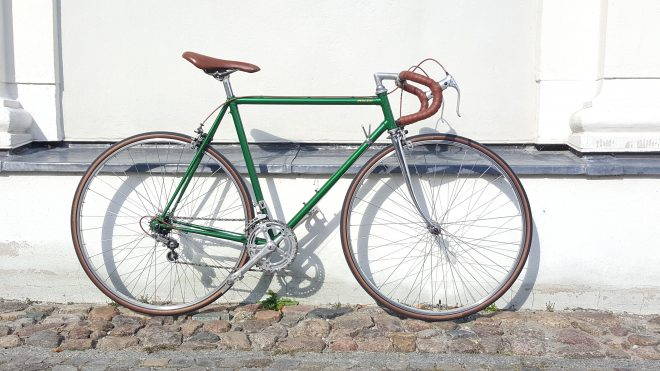 vintage rennrad von peugeot past bikes vintage rennrad. Black Bedroom Furniture Sets. Home Design Ideas