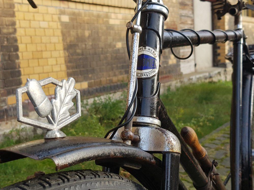 Phänomen Oldtimer Fahrrad Schutzblechfigur